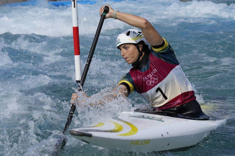 Copy of Tokyo_Olympics_Canoe_Slalom_01560.jpg-30f38-1627549658334