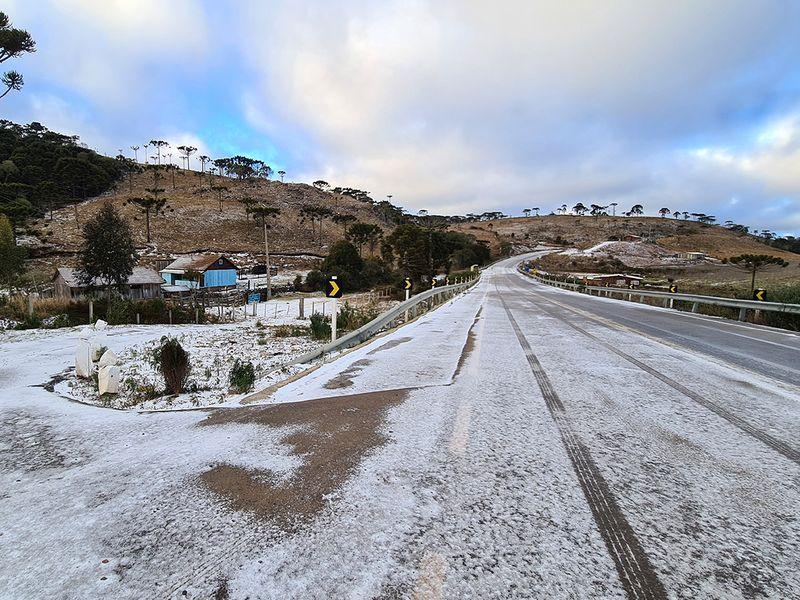 Snow covers the road to Sao Joaquim, Brazil.