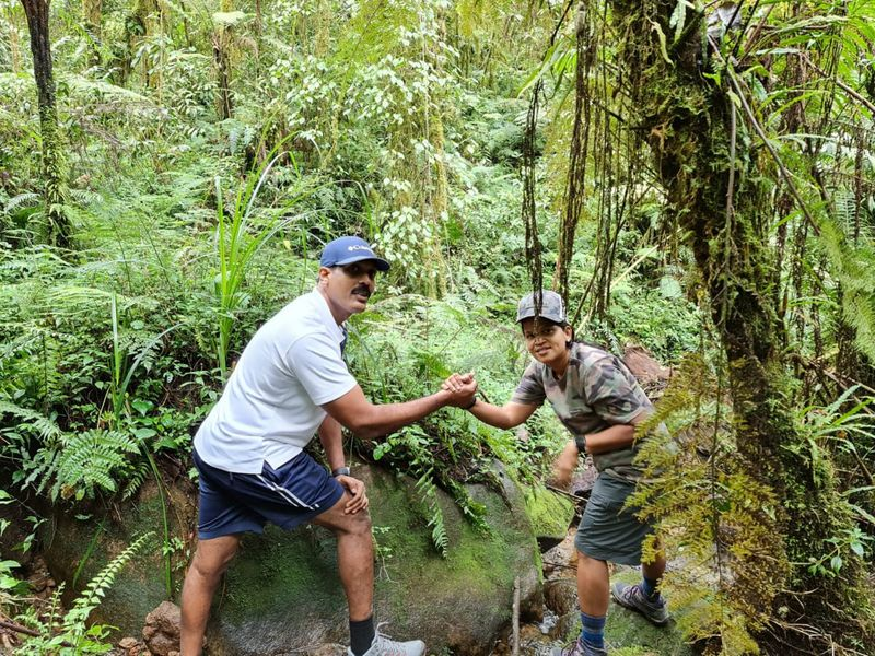 Indian couple who celebrated wedding anniversary In Kilimanjaro 2-1628346097818