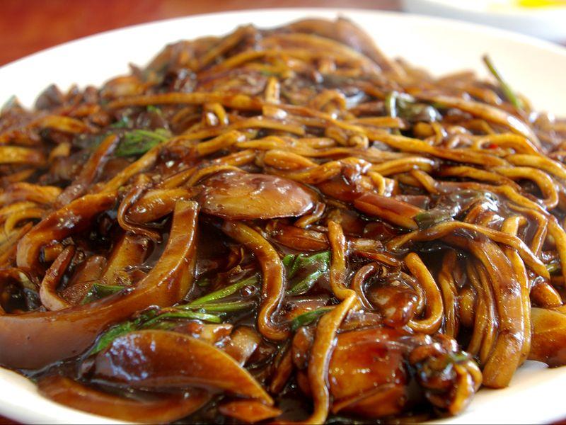 jjajangmyeon black bean noodles
