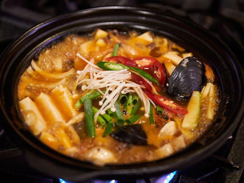 seafood hotpot haemul jeongol