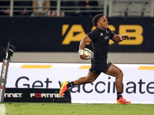 New Zealand's Sevu Reece runs away for