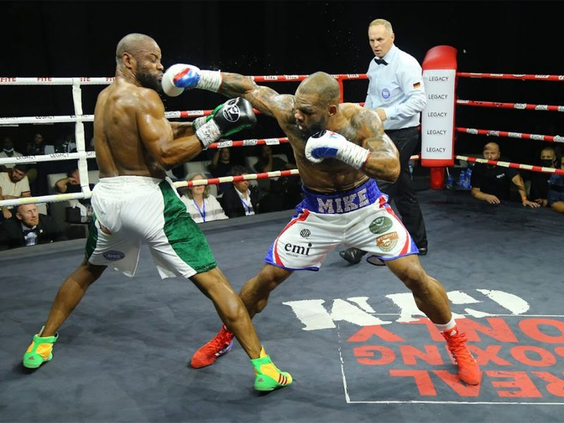 Mike Perez knocked out Tony Salam at Legacy Boxing Series - Atlantis, The Palm in Dubai