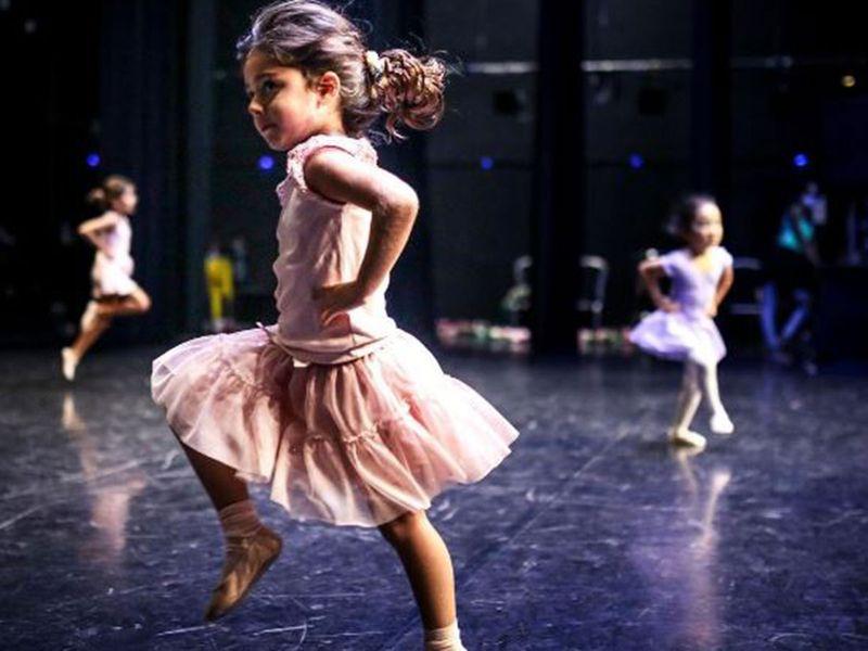 THE NATIONAL BALLET STUDIO