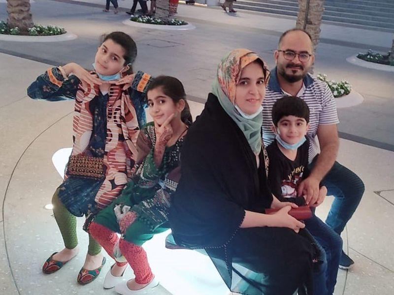 BtS_family Azra