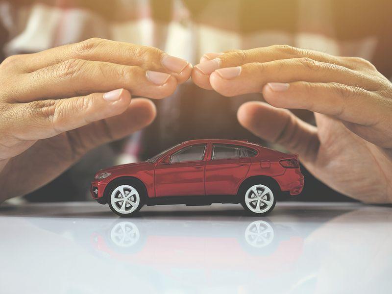 InsuranceMarket.ae lead for web