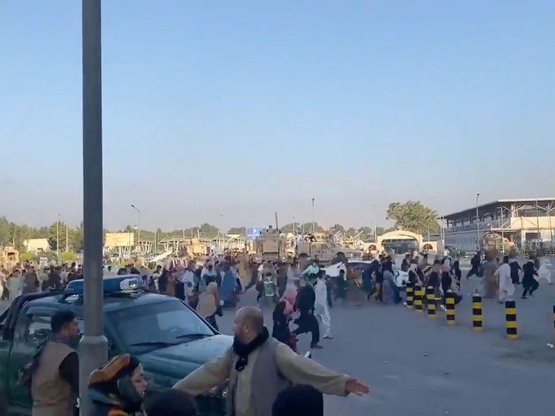 Kabul airport 10-1629102321440