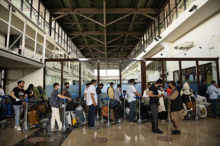 Kabul airport 5-1629102308349