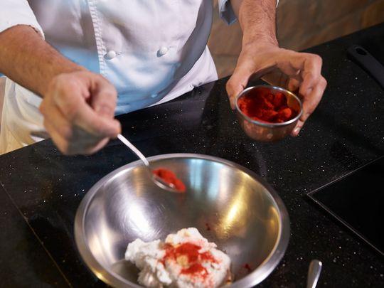 Marinating chicken for chicken tikka