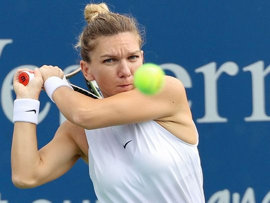 Simona Halep defeated Magda Linette at the Western & Southern Open