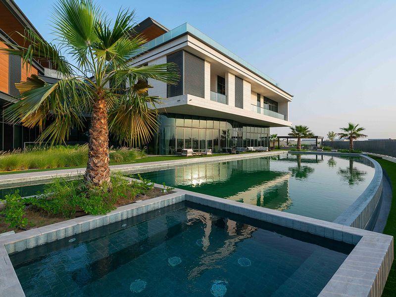 Stock – Dubai Hills