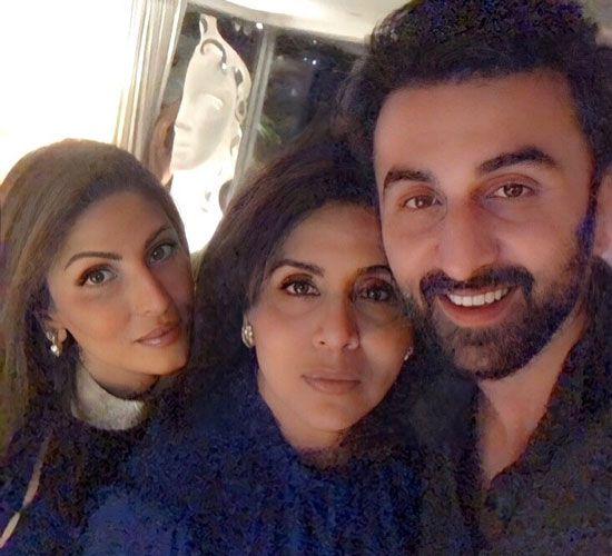 Ranbir Kapoor, Neetu Kapoor and Riddhima Kapoor Sahni