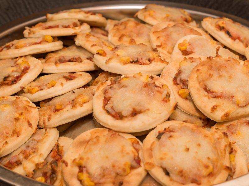 lebanese-mini-cheese-pizza-shutterstock