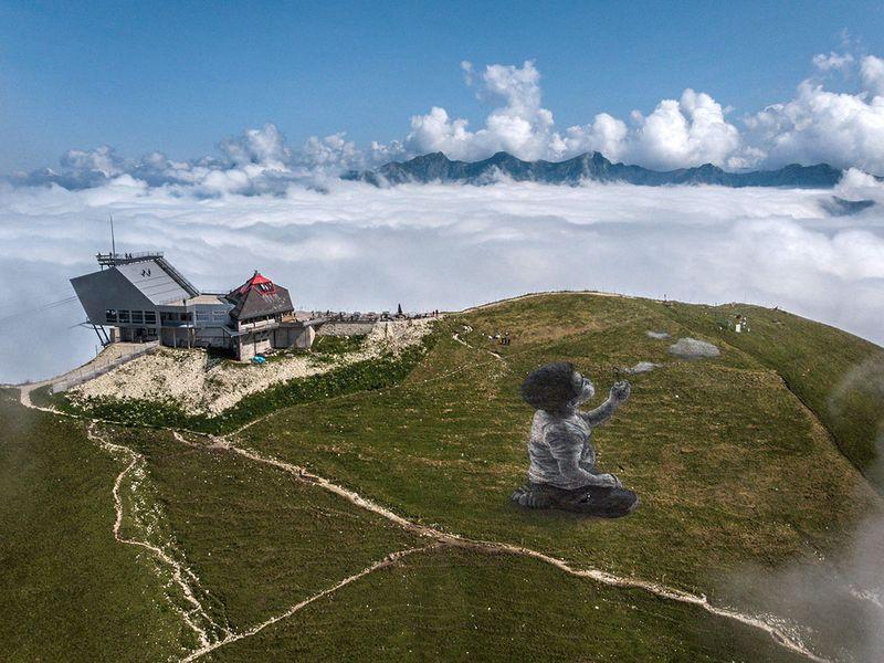 Mountain art gallery