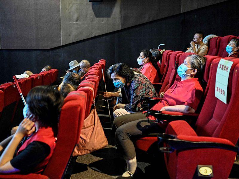 20210831 blind moviegoers
