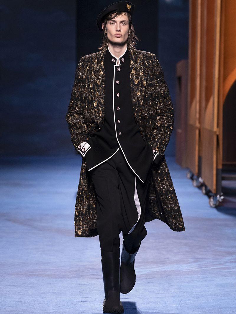 Dior Men Fall 2021 coat
