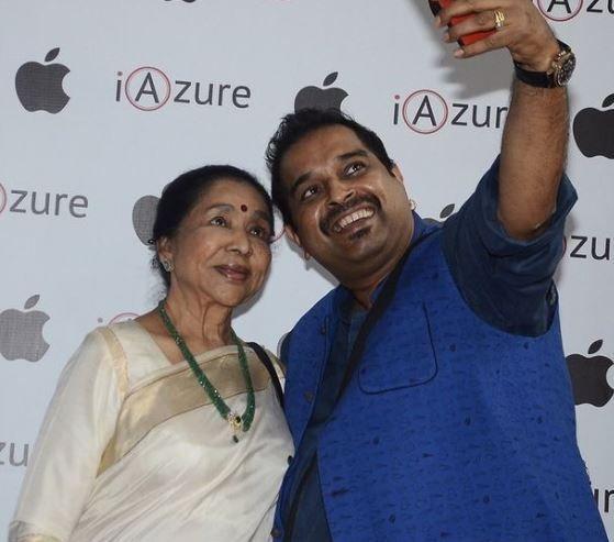 Asha Bhonsle and Shankar Mahadevan