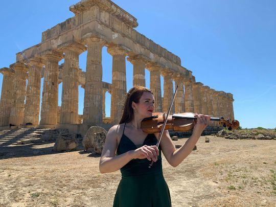 Violinist Giovanna Ferrara