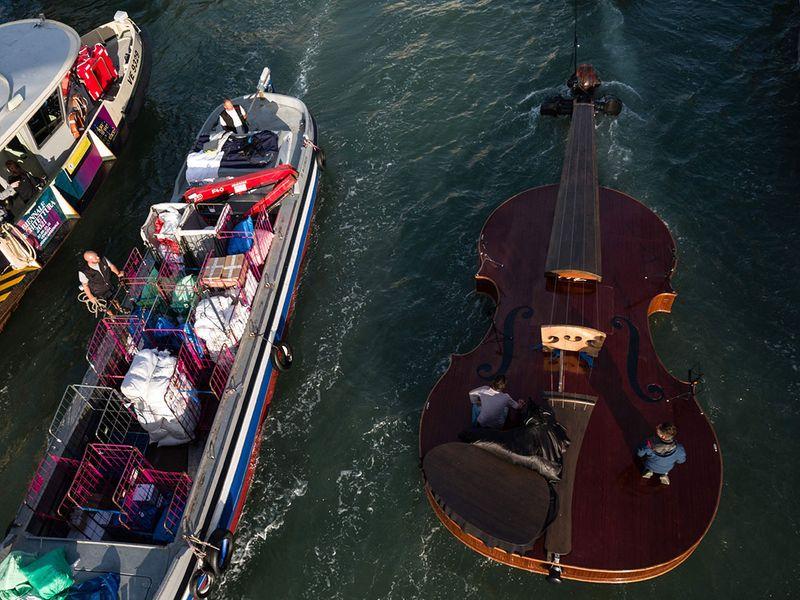 Noah's Violin gallery