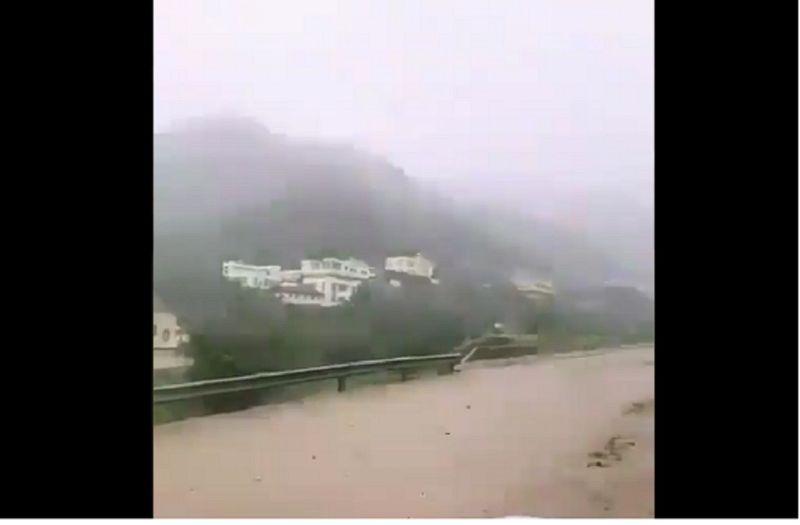 Saudi Floods 02