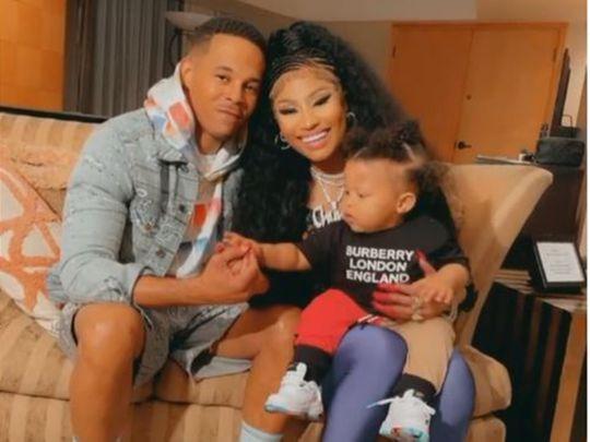 Kenneth Petty and Nicki Minaj with their child