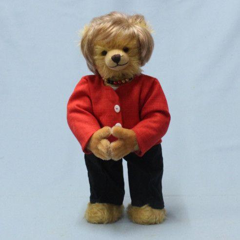merkel teddy-1632552390947