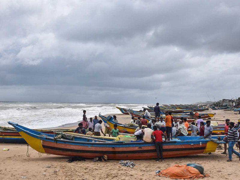 india fishermen cyclone gulab