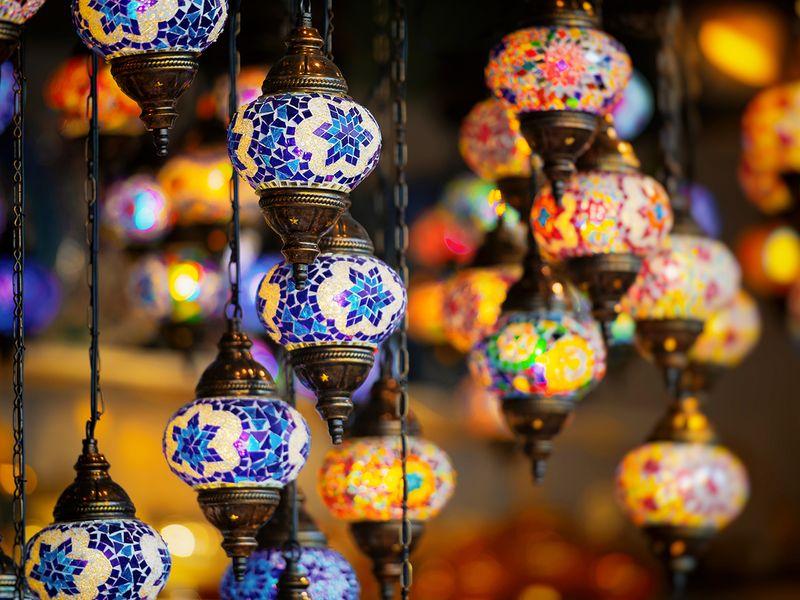 Stock - Abu Dhabi - Dubai tourism
