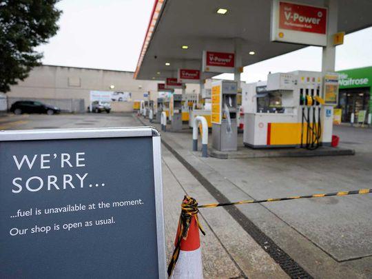 britain fuel petrol pump