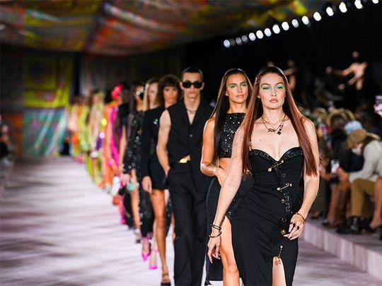 Gulf News The Kurator Versace Summer 2022 Gigi Hadid