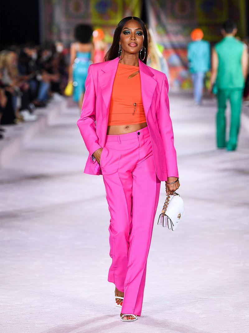 Gulf News The Kurator Versace Summer 2022 Naomi Campbell