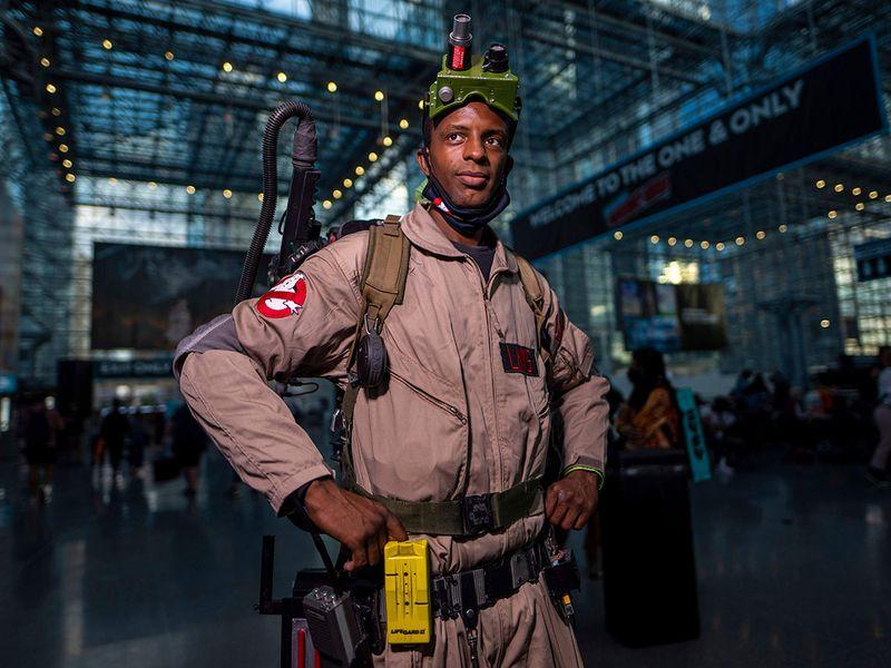 2021_NY_Comic_Con_-_Day_1_61188