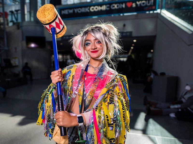 2021_NY_Comic_Con_-_Day_1_73125