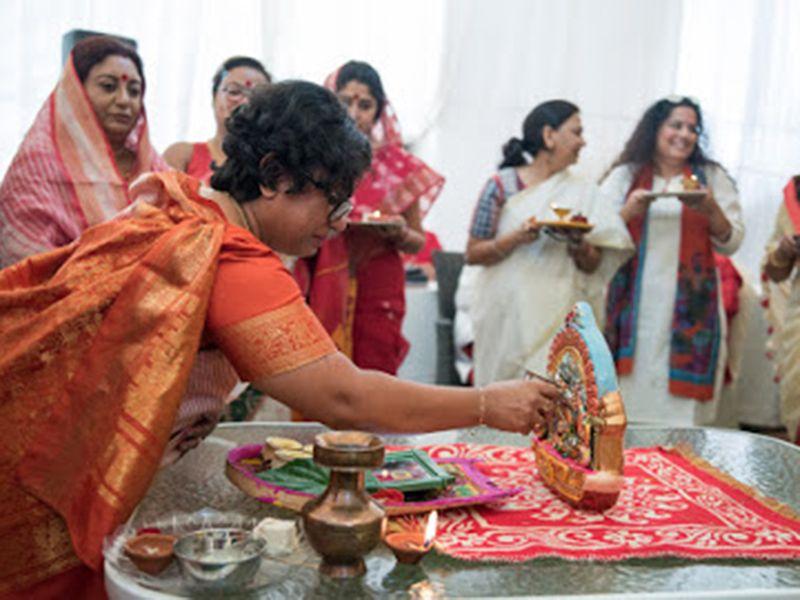 Minakshi Ray performing Durga Puja rituals in Dubai