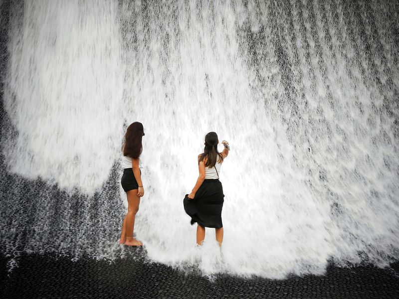surreal expo 2020 water feature