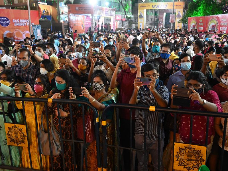 Indian festival crowds