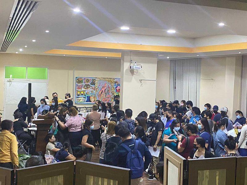 Rush at Philippine consulate