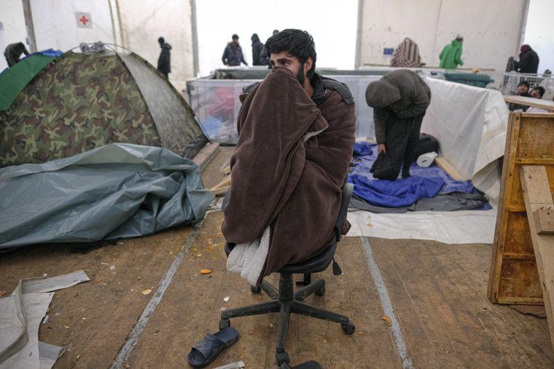 Copy of Bosnia_Migrants_15986.jpg-933cc-1609057585160