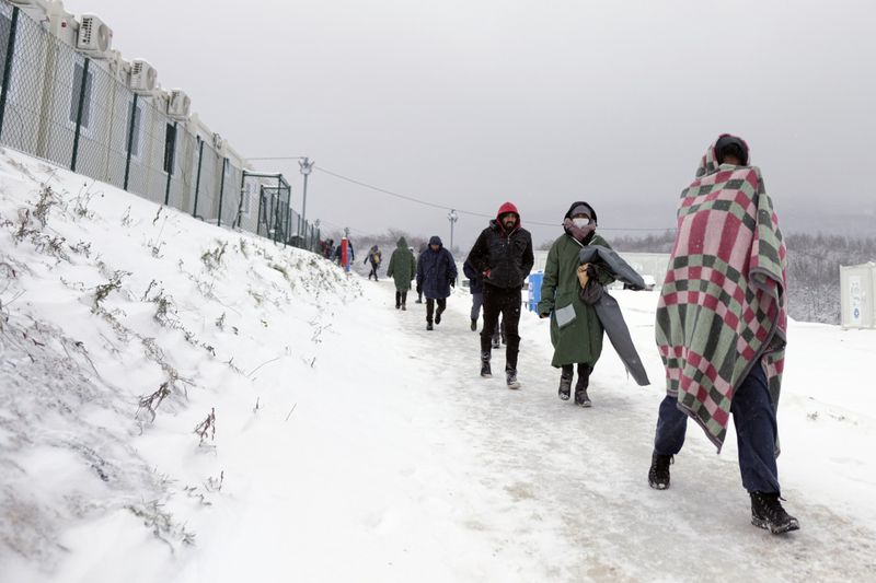 Copy of Bosnia_Migrants_96722.jpg-50020-1609057577240