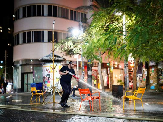 Israel spray water street lockdown